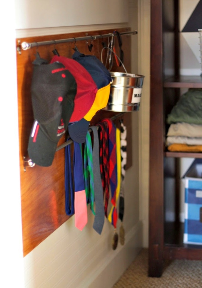 tie and hat storage
