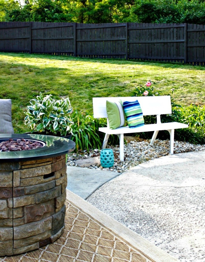 backyard spring makeover with Lowe's