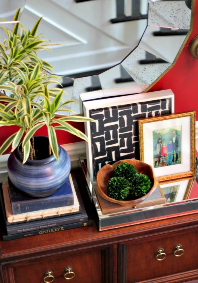 entry foyer table styling