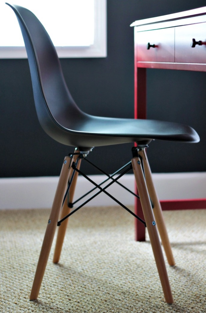 boy's desk area - chair