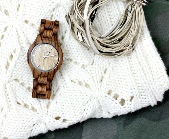 outfit planning with jord wood watch