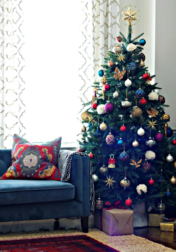 jewel toned christmas tree - 12 bloggers of Christmas