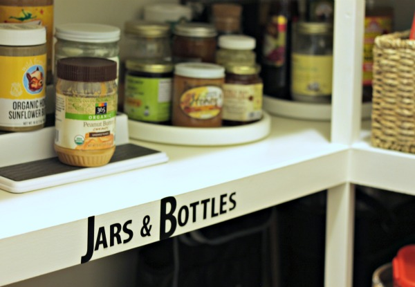 pantry organization - use lazy susans in corners of shelves to make it easy to find things