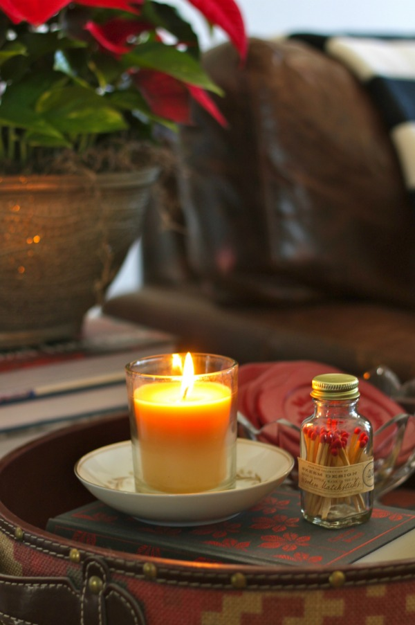 simple holiday decorating with candles #smellslikeholidayspirit