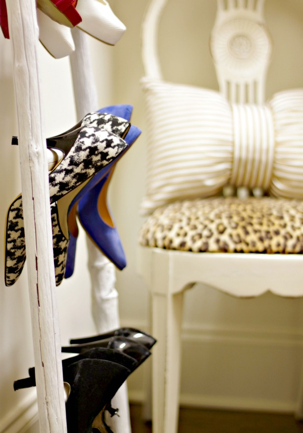 organized closet - leaning ladder for shoe storage - organized heels