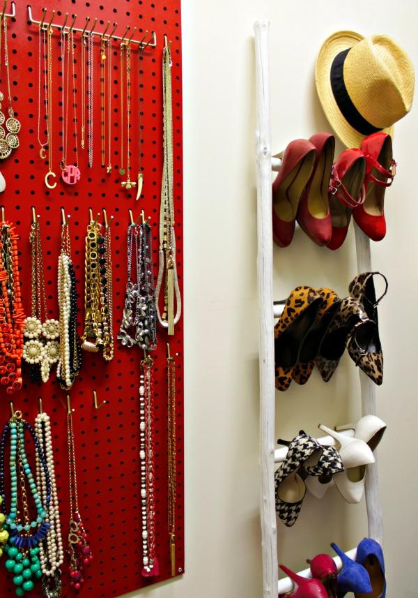 jewelry organizer - organized closet